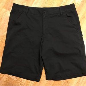 Fila. Men's size 36. Black golf shorts.